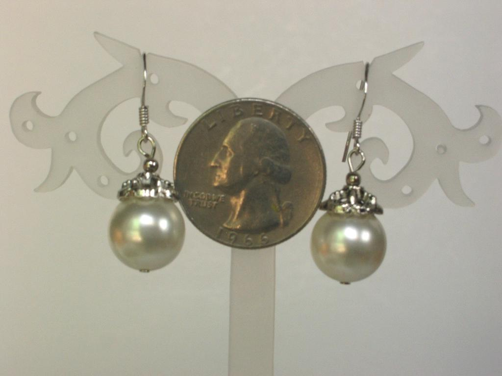 earrings 12mm white shell pearls aaa w bali caps 925 ebay. Black Bedroom Furniture Sets. Home Design Ideas